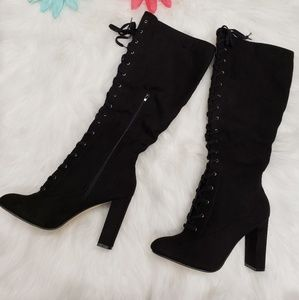New laced up boots